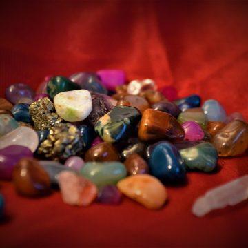 Los signos del zodiaco y sus gemas